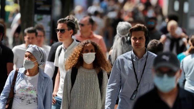 Der Höhepunkt der Pandemie scheint nach wie vor noch nicht erreicht. (Bild: AP Photo/Frank Augstein)