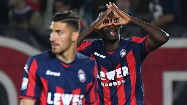 Vor zwei Jahren jubelte Crotone letztmals in der Serie A. (Bild: AFP)