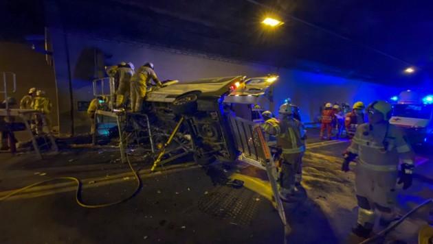 Der Tunnel musste für rund drei Stunden gesperrt werden. (Bild: Zeitungsfoto.at/Team)