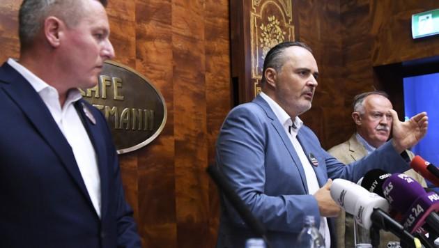 Die Ex-Verteidigungsminister Burgenlands Landeshauptmann Hans Peter Doskozil, der steirische FPÖ-Klubobmann Mario Kunasek und der General i.R. Edmund Entacher (re.)