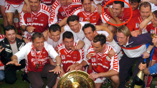 Naumoski mit der Meistermannschaft 2004