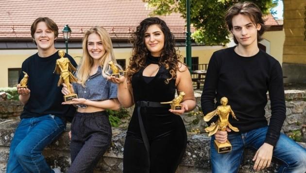 Die Papageno-Preisträger (von li.): Lorenz Pojer, Nina Hafner, Setareh Eskandari, Moritz Mausser