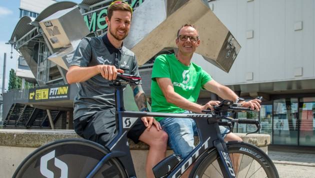 Florian Lienhart und Vater Hans (Bild: GEPA)