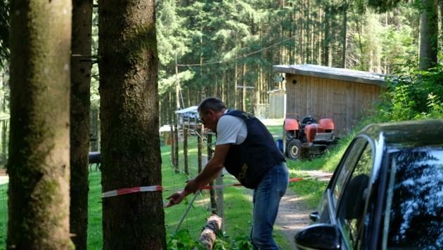 Der Tatort im Wald: In dieser Hütte wurde Gabriela G. aufgehängt (Bild: Einöder Horst)
