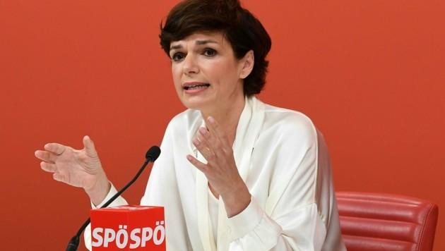 SPÖ-Klubobfrau Pamela Rendi-Wagner (Bild: APA/HELMUT FOHRINGER)