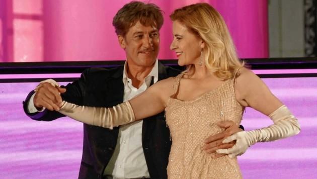"""Alleskönner Tobias Moretti und seine bereits dritte """"Buhlschaft"""", Top-Schauspielerin Caroline Peters."""
