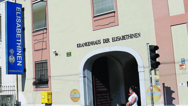 Der Umbau des Elisabethinen Spitals in Graz wird deutlich teurer als ursprünglich veranschlagt. (Bild: Christian Jauschowetz)