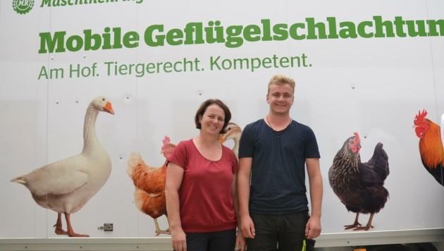 Ingrid und Philipp Knoflach sind froh, nicht mehr schlachten zu müssen. (Bild: Daum Hubert)