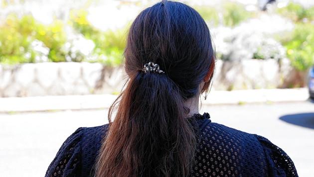 Noch immer plagen Felicitas K. (24) die Gedanken an die Vorkommnisse vom Freitag. Ihr Urlaub auf der idyllischen Insel hatte sich in blanken Horror verwandelt. (Bild: Zwefo)