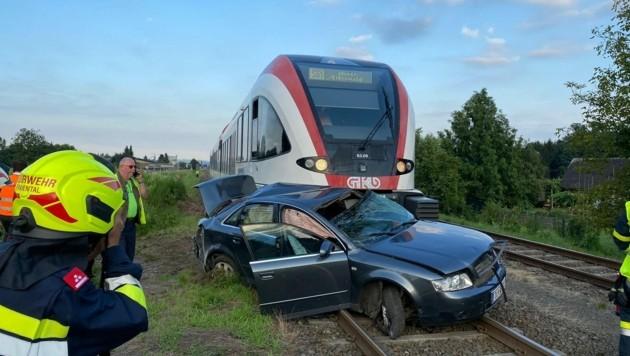 Der Bahnunfall vom Samstag: In Freidorf an der Laßnitz erfasste eine GKB-Garnitur das Auto eines Weststeirers.
