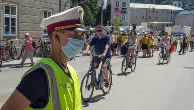 Polizei schaut nach dem Rechten: Eingreifen muss sie nicht (Bild: Christoph Laible)