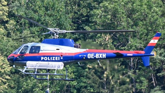 Die Leiche wurde am Freitag mit dem Polizeihubschrauber geborgen.