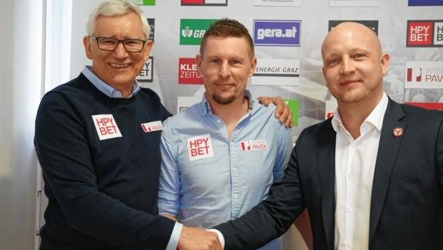 GAK-Sportchef Alfred Gert, Trainer Gernot Plassnegger und Obmann Rene Ziesler (v. li.) (Bild: Sepp Pail)