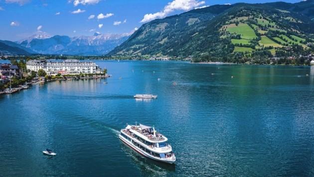 Das Ausflugsschiff MS Schmittenhöhe auf dem Zeller See (Bild: EXPA Pictures. Alle Rechte vorbehalten. // EXPA Pictures. All rigths reserved.)