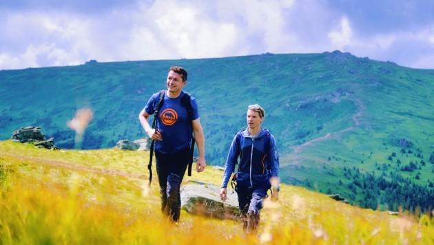 Robert Graimann und Alexander Spiegl (re.) bei unserer Testwanderung auf der schönen Saualpe. (Bild: Wallner Hannes)