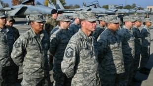 Im Zuge des Teilabzugs aus Deutschland soll das US-Kontingent in Polen um 1000 Soldaten verstärkt werden. (Bild: APA/AFP/Genya SAVILOV)