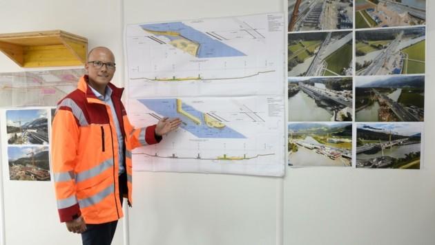 Asfinag-Geschäftsführer Andreas Fromm präsentiert die Pläne des Projektes. (Bild: Andreas Fischer)