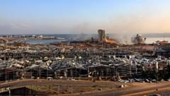 Das Hafenviertel von Beirut wurde von zwei Explosionen dem Erdboden gleichgemacht. (Bild: AFP)