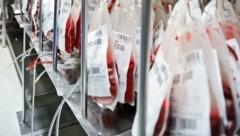 Die Tiroler Blutbank ist derzeit überraschend gut gefüllt (Bild: Birbaumer Christof)