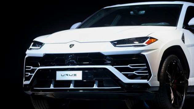 Unter anderem kaufte sich der Angeklagte einen Lamborghini Urus um rund 200.000 US-Dollar. (Bild: APA/AFP/Geoff Robins)