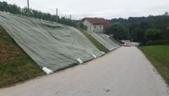 In Breitenfeld drohte ein Hang abzurutschen. (Bild: Thomas Urschler/FF Breitenfeld)
