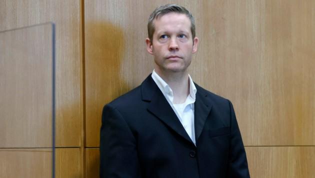 Stephan E. will an einem Aussteigerprogramm für Rechtsextreme teilnehmen.