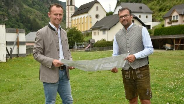 Bürgermeister Günther Pagitsch (r.) und Vize Leonhard Kocher (Bild: Holitzky Roland)