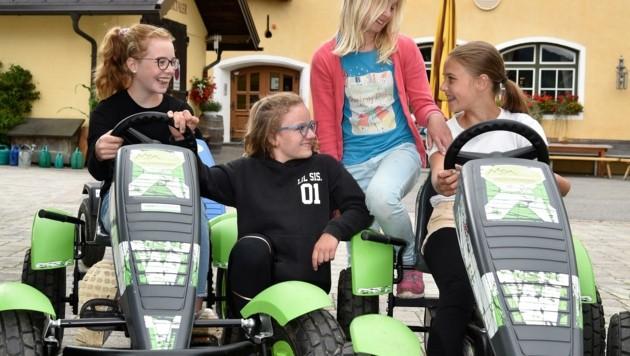 Nora, Sophia, Doreen und Sarah aus Köln machen Urlaub im Lungau. (Bild: Holitzky Roland)
