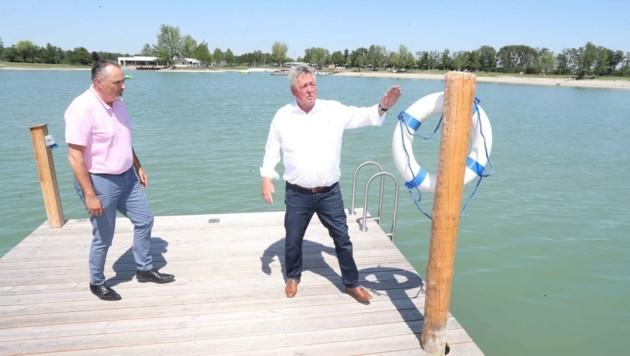 Burgenlands Landeschef Doskozil bei einer Kurzvisite am See