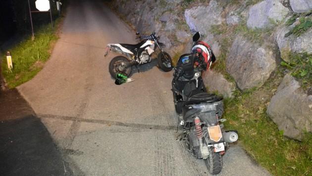 Für den 17-Jährigen kam jede Hilfe zu spät. Der 14-jährige Lenker des Motorfahrrads wurde schwer verletzt. (Bild: zoom.tirol)