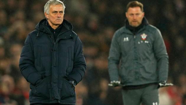 Jose Mourinho (li.) und Ralph Hasenhüttl (Bild: AFP )