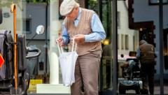 Pensionserhöhungen würden in den Konsum fließen und damit die heimische Wirtschaft stärken. (Bild: stock.adobe.com)