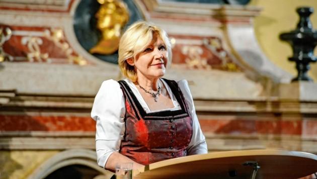 Bürgermeisterin Maria-Luise Mathiaschitz lädt zu einem Festakt zum Lindwurm. (Bild: Stadt Klagenfurt)