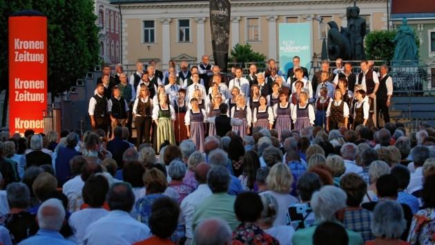 """Die Veranstaltung wird wie das """"Singen unter dem Lindwurm""""; nur mit (viel) weniger Publikum. (Bild: GERT EGGENBERGER)"""
