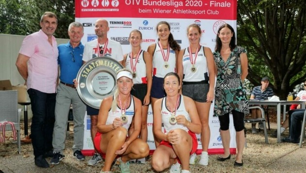 Das Team OÖ aus Steyr mit Betina Stummer (vorne links) ist neuer Damen-Bundesligameister. (Bild: GEPA/Mandl)