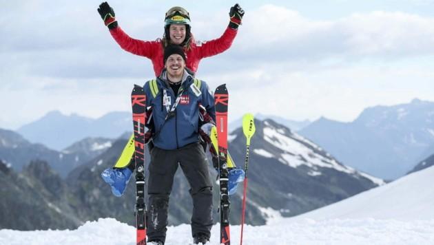 Katharina Liensberger vertraut im kommenden Winter wieder auf die Dienste von Servicemann Raphael Hudler, mit dem sie bereits im WM-Winter 2018/19 zusammengearbeitet hat.