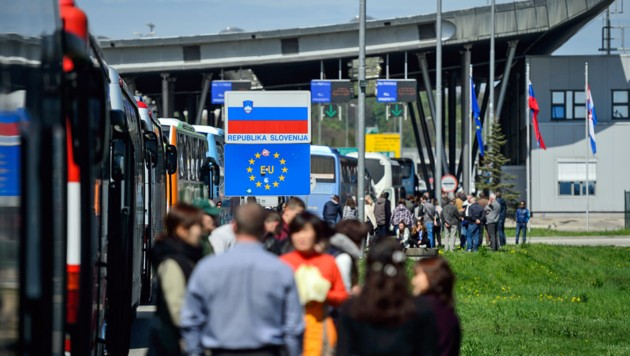 Die kroatisch-slowenische Grenze bei Obrezje (Archivbild) (Bild: JURE MAKOVEC/AFP)