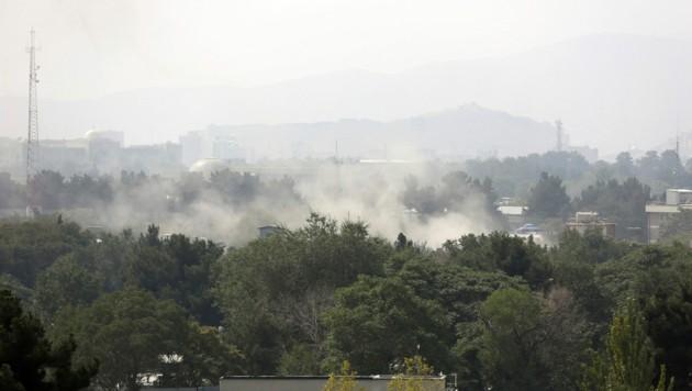 Die afghanische Hauptstadt Kabul wurde am Unabhängigkeitstag des Landes von mehreren Raketenangriffen erschüttert. (Bild: AP)