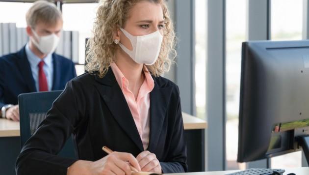 Für viele ist eine Maskenpflicht am Arbeitsplatz nicht vorstellbar.