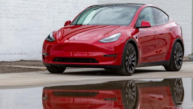 Tesla Model Y (Bild: AP)