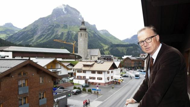 Bürgermeister Ludwig Muxel stolperte über ein umstrittenes Immo-Projekt. (Bild: APA/DIETMAR MATHIS)