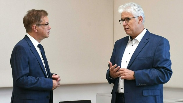 Gesundheitsminister Rudolf Anschober (Grüne) und ÖGK-Obmann Andreas Huss (Bild: APA/Helmut Fohringer)