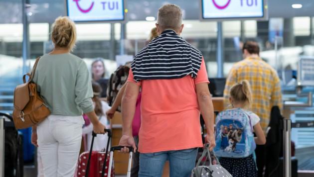 Für viele Österreicher endet der Urlaub auf den Baleareninseln nun abrupt. Am Montag tritt eine Reisewarnung in Kraft, die eine Rückreise nur mit negativem Coronatest oder Quarantäne möglich macht.