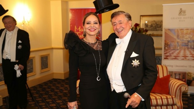 Ornella Muti und Richard Lugner am Opernball: Ob es 2021 einen Stargast gibt? (Bild: Peter Tomschi)