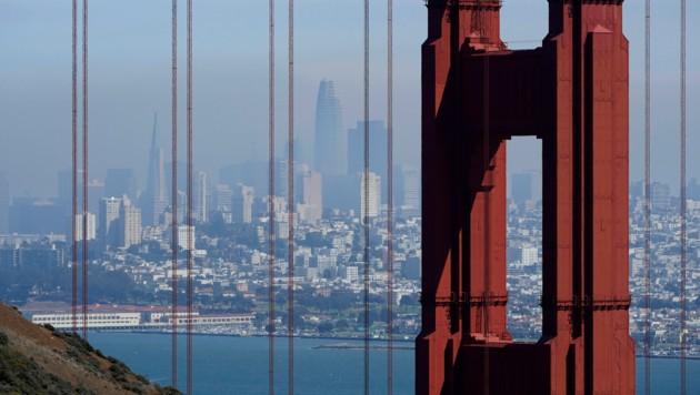 Der Rauch aus dem Brandgebiet zog bis nach San Francisco. (Bild: AP)