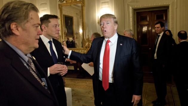 US-Präsident Donald Trump mit Steve Bannon (Bild: AFP)