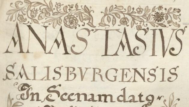"""Das Titelblatt von """"Anastasius"""" mit der Handschrift des Autors Thomas Weiss."""