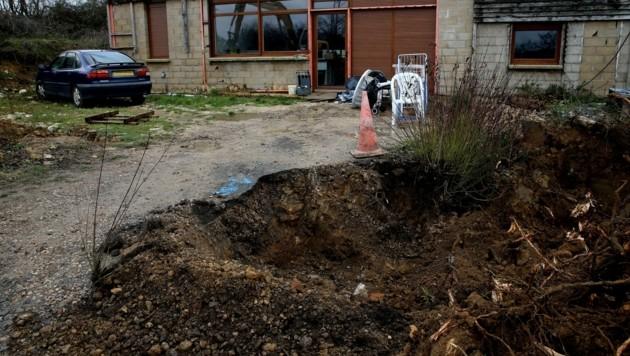 Estelle Mouzin war im Jänner 2003 in einem Pariser Vorort auf dem Heimweg von der Schule verschwunden. Ihre Leiche wurde bis heute nicht gefunden, auch Grabungen der Polizei im Juni verliefen ergebnislos.
