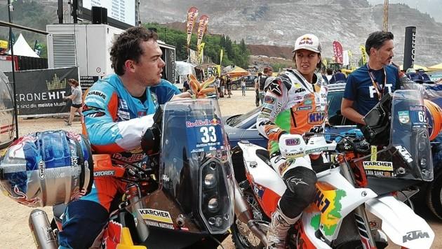 Die Spanierin Laia Sanz (hier im Bild mit Matthias Walkner) wurde bei der Rallye Dakar Neunte.