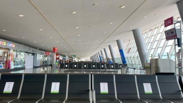 Am Flughafen herrscht gähnende Leere.